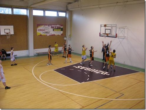 Mėgėjų krepšinis